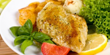 The Easiest, Simplest Way To Bake Chicken Breasts In The Oven