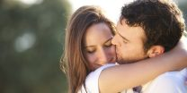 The Top 5 Signs That Your Ex Wants You Back