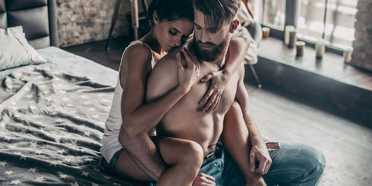 6 Secrets To Spice Things Up in the Bedroom and Make Him Crave You